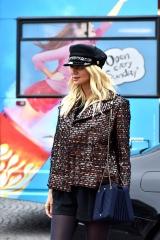 shenka-mag_Fashion Week Paris_Grand Palais__Exterieur defile Chanel-2019_ Joey Nicles Modeste 19