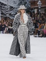 shenka-mag-chanel-collection-pret-a-porter-automne-hiver-2019-2020-fswpa-paris_1_02
