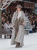 shenka-mag-chanel-collection-pret-a-porter-automne-hiver-2019-2020-fswpa-paris_2_01