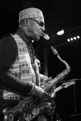 photo-alain-herman_gyedu-blay-ambolley_new-morning_concert-48