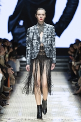 shenka-mag _imane-ayissi_fashion-week-printemps-ete-2019-shanghai 11