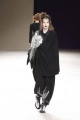 shenka-mag-yohji-yamamoto-fashion-week-paris-autonme-hiver-19-20_fswpa_photo-monica-feudi_14