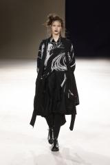shenka-mag-yohji-yamamoto-fashion-week-paris-autonme-hiver-19-20_fswpa_photo-monica-feudi_21