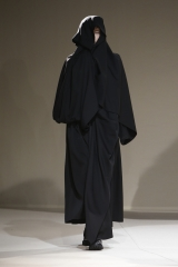 shenka-mag-yohji-yamamoto-fashion-week-paris-autonme-hiver-19-20_fswpa_photo-monica-feudi_29