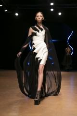 shenka-mag_iris-van-herpen-haute-couture-fwp-20-jan-2020-cirque-hiver_15