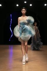 shenka-mag_iris-van-herpen-haute-couture-fwp-20-jan-2020-cirque-hiver_19