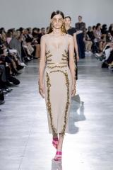 shenka-mag_schiaparelli-haute-couture-printemps-ete-2020_fwpa-3