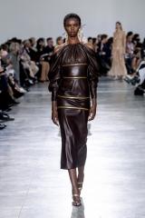 shenka-mag_schiaparelli-haute-couture-printemps-ete-2020_fwpa-34